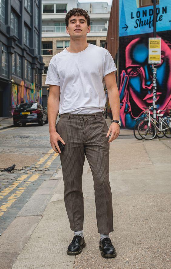海外メンズソリッドTシャツコーデJamie #clothing #fashion #streetfashion #jeans #male #tshirt #human #snapshot #cool