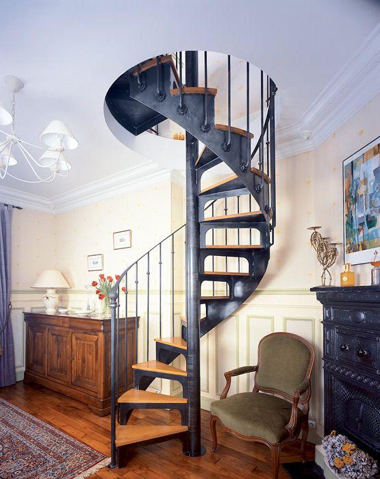 Escalier en colima on en acier et bois spir 39 d co bistrot marches type - Escalier colimacon acier ...