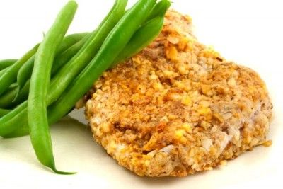 This almond-crusted chicken is gluten-free and dairy-free. Makes a healthy alternative to fried chicken. Serve with steamed broccoli and quinoa for a clean and delicious meal.