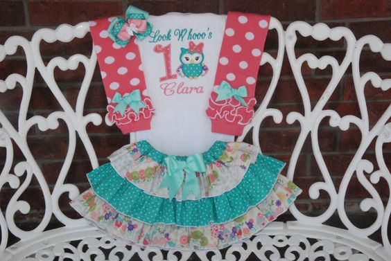 Owl Birthday Outfit! Baby Girl First Birthday Outfit! Girls Owl Birthday outfit/First birthday outfit/Look Who's 1/Blue and pink owl outfit by RuffleDarlings on Etsy https://www.etsy.com/listing/228699964/owl-birthday-outfit-baby-girl-first