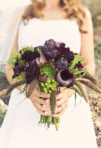 We all know purple is a popular wedding color. Do something unexpected with it! Lots of different kinds of flowers, all in a matching shade. Bring in the variety through shape and texture. Accent with vibrant fillers!