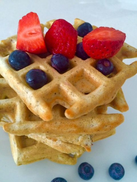 Eating Well: Healthy Belgian Waffles with Pecans - THE STYLISH VOYAGER
