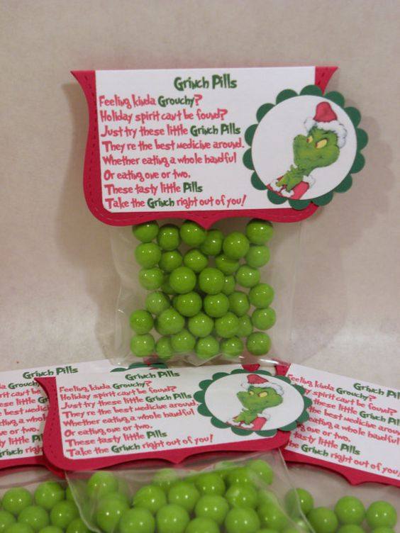 Grinch Pills: Gag Gift, Funny Secret Santa Gifts, Funny Secret Santa Ideas, Cute Christmas Gifts, Gift For A Boss Ideas, Secret Santa Ideas For Teens, Diy Secret Santa Ideas, Christmas Ideas, Secret Santa Gifts For Teens