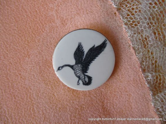 1458 – Beautiful Bird in Flight Motif Carved or Engraved on Vintage Button | eBay