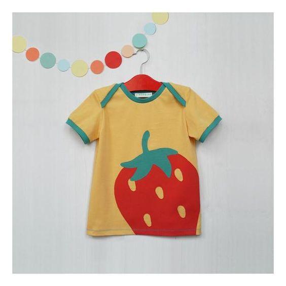 """Bio T-Shirt mit Erdbeere // Organic Cotton Shirt """"Very Berry"""" by TELL ME Organic Kidswear auf DaWanda.com"""