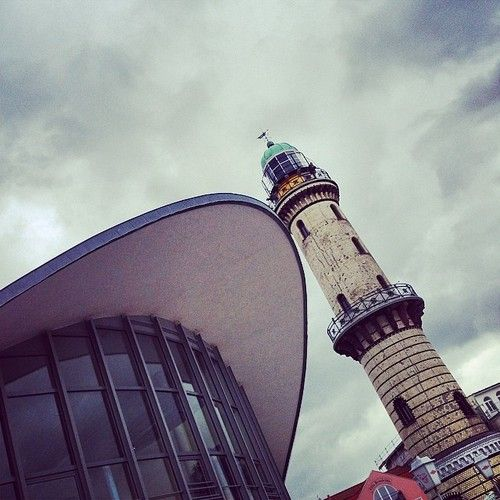Der schiefe Turm von #Warnemünde #lighthouse_lovers #rostock #mecklenburg #ig_germany #architecture #lighthouse  (hier: Warnemünde Lighthous...
