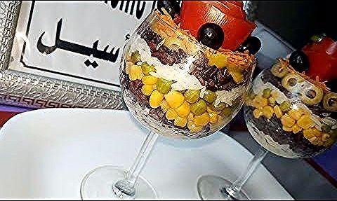 59 أطباق رمضانية سلطة الطبقات خفيفة بنينة و مغذية من مطبخ أم أسيل رمضان يجمعنا Youtube Food Acai Bowl Breakfast