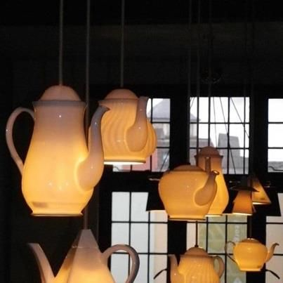 Coffee pots and teapots as pendant lighting. Would work really well in a cosy bespoke cafe!!