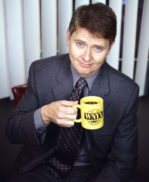 NEWSRADIO -- Season 5 -- Pictured: Dave Foley as Dave Nelson
