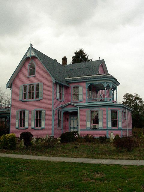 Pinterest the world s catalog of ideas for Very pretty houses