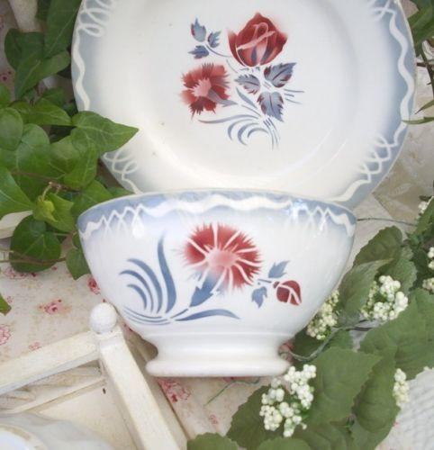 1000 id es sur le th me vaisselle de porcelaine antique sur pinterest porcelaine antique. Black Bedroom Furniture Sets. Home Design Ideas