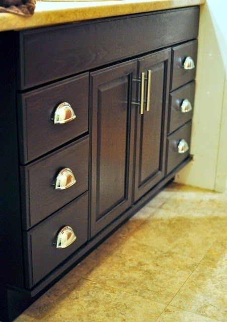 Staining Oak Cabinets An Espresso Color Diy Tutorial Stains Honey Oak Cabinets And Vanities