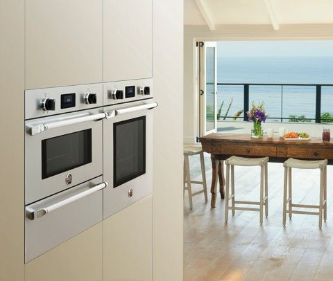Wall Mounted Ovens A Trendy Alternative To The Classic Kitchen