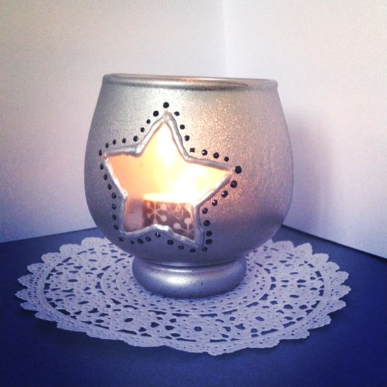 Des pots en verre r cup et personnalis s bricolage no l - Peinture sur plateau en verre ...