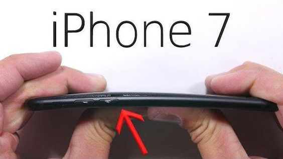 iPhone 7's lightning jack may also be a durability liability Read more Technology News Here --> http://digitaltechnologynews.com  The iPhone 7's missing headphone jack is more than just inconvenient. It causes a major durability issue.  While the iPhone 7 is built unsurprisingly well the lightning jack still has the same lifespan. This would be fine if you didn't have to share the iPhone 7's lightning jack between your charger and your headphones. But you do.    SEE ALSO: No Apple killing…