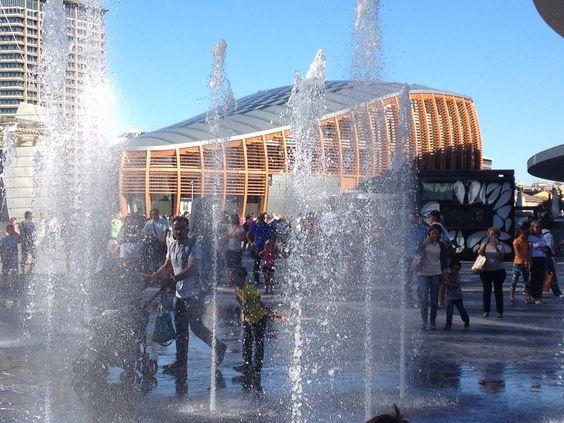 L'Unicredit Pavillion da Piazza Gaue Aulenti