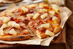 Dr Oz. Quickie Hawaii Pizza  1 whole wheat tortilla  1/8 cup of pizza sauce  2 oz chopped lean ham lunch meat    1/8 cup canned diced pineapples,  2 oz fat free shredded mozzarella cheese