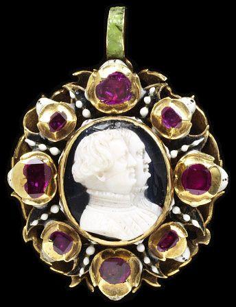 Cameo Locket ca 1570-1600