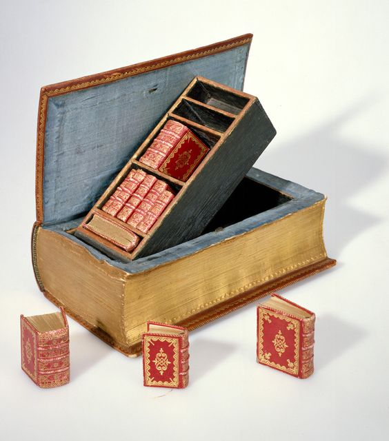 Small bookcase with MINIATURE BOOKS. Trompe L'oeil Book. Travel Case. Traveling library. Binding (1757) by Suenonius Mandelgreen, Sweden. Birth gift to Willem van Borssele, the young scion of a leading Zeeland families. Commissioned by three prominent citizens of Middelburg... ... via Koninklijke Bibliotheek, National Library of the Netherlands ... ... Rare, ANTIQUE, 18th Century, Deluxe Binding, Curiosity, Novelty,