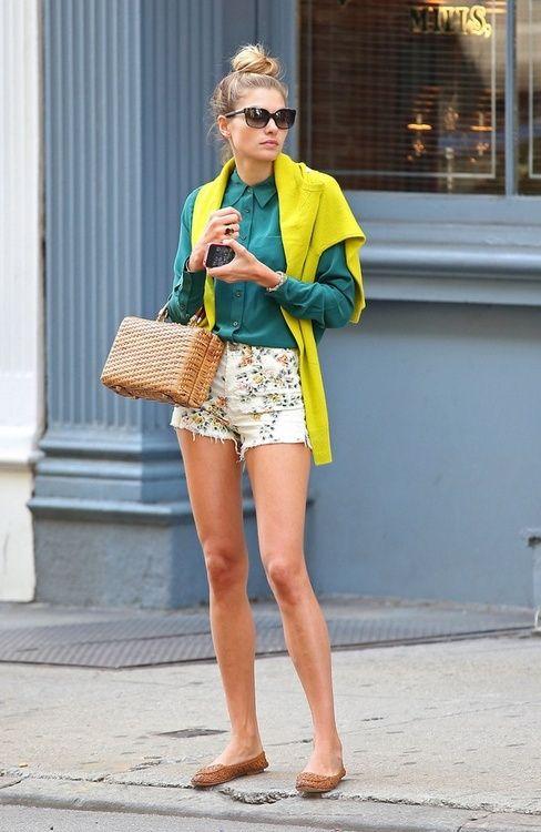 """Conoce la táctica que utilizan varias celebridades como como Alessandra Ambrosio, Kate Moss, Olivia Palermo entre otras a la hora de conquistar. """"cero pantalón"""" es el lema de estas famosas que comprueban una vez más que pueden tener el mundo a sus pies usando nada. http://www.liniofashion.com.co/linio_fashion/mujeres?utm_source=pinterest&utm_medium=socialmedia&utm_campaign=COL_pinterest___fashion_muj_20131030_15&wt_sm=co.socialmedia.pinterest.COL_timeline_____fashion_20131030muj15.-.fashion"""