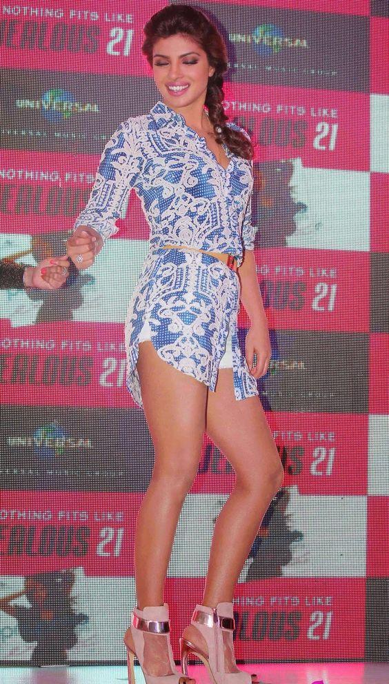 Priyanka Chopra Showcasing Her Super Sexy Legs At International Hit 'Exotic' Success Celebrations In Mumbai ★ Desipixer  ★
