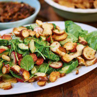 Lecker Salat mit Brezen