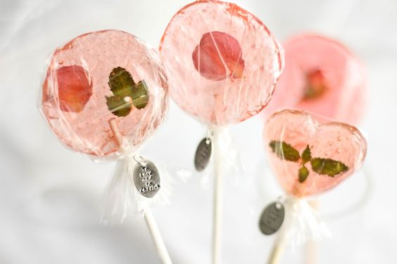 bellini petal lollipops for wedding