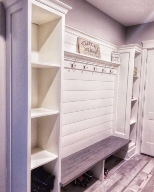 Organization Is Key When You Have A Million Places To Be We Created The Perfect Family Mud Room Area Com Bench With Storage Diy Mudroom Bench Mud Room Storage