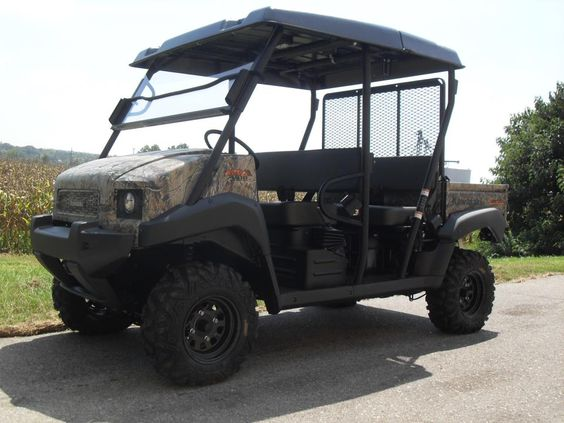Cool golf car. Now this would make golf fun... #golf #golfcarts