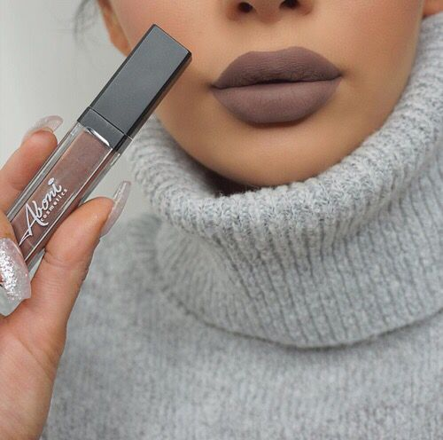 Aboni Cosmetics matte #lipstick in shade 'Kiss & tell'