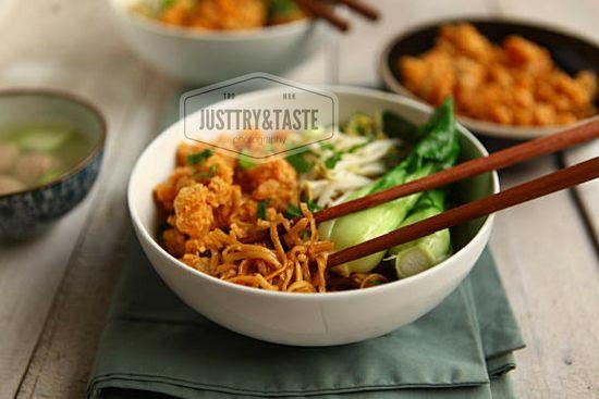 Resep Mie Yamin Dengan Ayam Crispy Resep Masakan Makanan Cina Resep Makanan