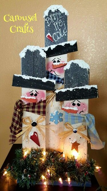 Rustic Snowman craft. Snowman wood craft. Light up craft.
