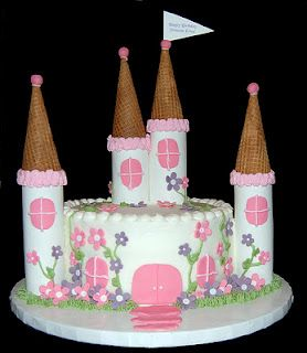 Princess Castle cake! Emma needs this for her next Birthday.