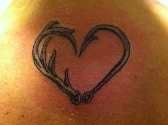 deer track tattoo designs animal tattoos free tattoo design ideas pictures website tattoos. Black Bedroom Furniture Sets. Home Design Ideas