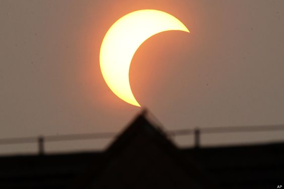 Solar Eclipse Pictures: Images From Sunday's Astronomical Event (PHOTOS)