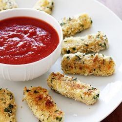 Skinny Baked Mozzarella Sticks- a perfect appetizer to have while watching the big game on Sunday!