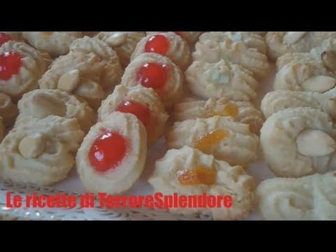 Pasticcini in pasta di mandorle - YouTube