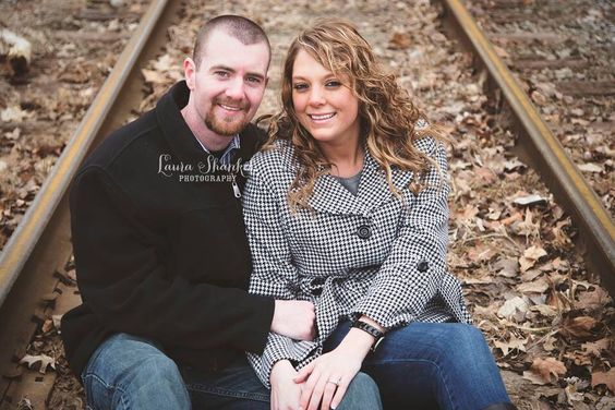 Engagement session. www.laurashankelphotography.com