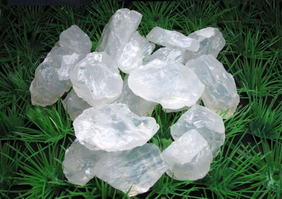 Moonstone is said in crystal healing to help calm responses and avoid overreaction; enhances feminine energies, sensitivity, intuition, and psychic abilities. It is also said to bring strong energies of abundance to one's life.