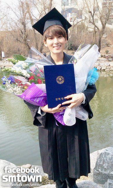 Ryeowook's graduation