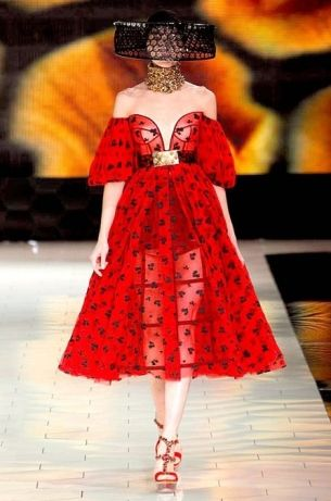 Alexander McQueen Spring 2013 Collection