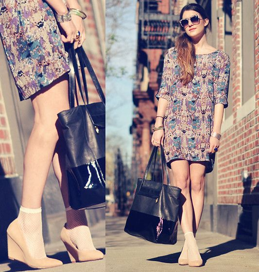 Elizabeth + James Sunglasses, Madewell Dress, Pour La Victoire Handbag, Pour La Victoire Shoes, Hue Socks