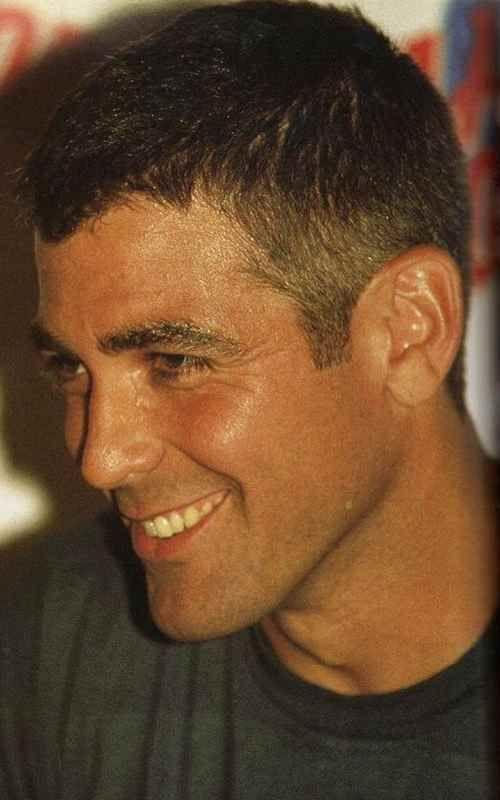 George Clooney Haarschnitt Niedrige Fade Frisur Haar