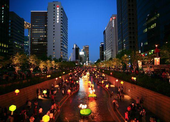 Cheonggyecheon river, Seoul S.Korea...i miss you Seoul!