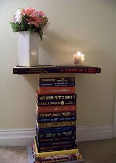 DIY End Table From Old Books TUTORIAL  ~whimsicallyhomemade.blogspot