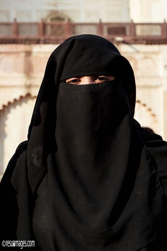 Lady In Burka - Aurangabad, India