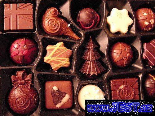 Yeni Ilə Səkilləri Axtaranlar Ucun Yolka Səkilləri Saxta Baba Səkilləri Və S Sizlər Ucun Paylasdiq Christmas Chocolate Holiday Chocolate Christmas Treats