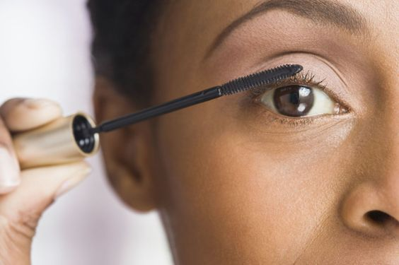 9 Biggest Mistakes You Make Putting on Mascara - GoodHousekeeping.com: