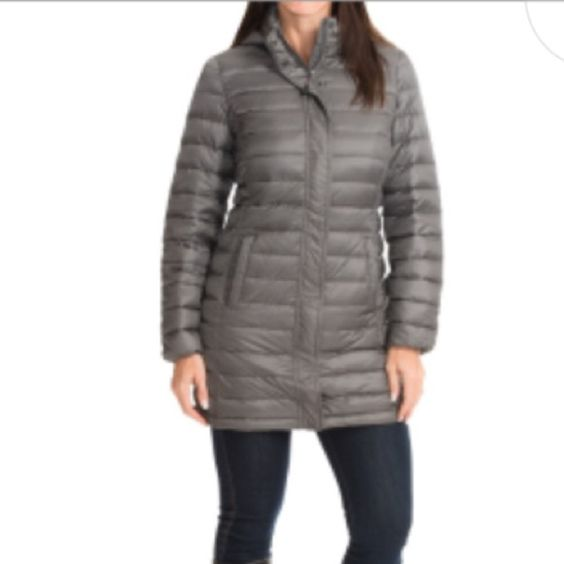 32 degree packable long down jacket. It comes with a pouch and is packable. Its lightweight with full coverage warmth and a figure flattering design. Its brand new- only selling because the color is not for me 32 Degrees Jackets & Coats Puffers