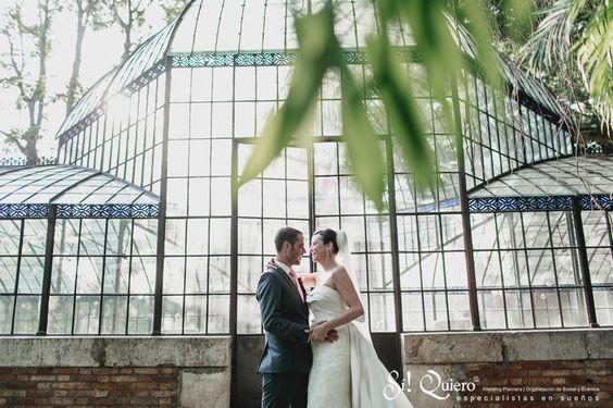 boda en invernadero antiguo